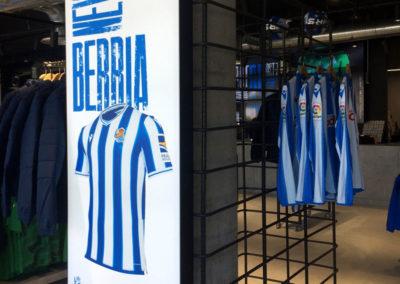 """Tienda Oficial de la Real Sociedad Campaña """"Nortasuna"""" (Carácter)"""